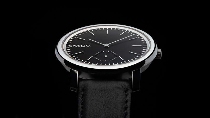Prim Republika — hodinky limitované edice od studia Marvil a Olgoj Chorchoj 86f57a9376